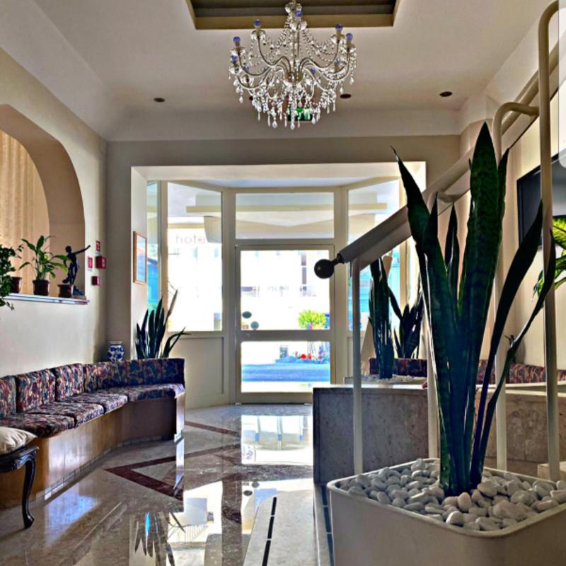 Ingresso e reception Hotel Adriatica